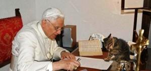 103238531_Papa_rimskiy_Benedikt_XVI